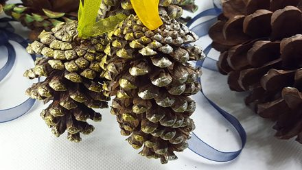 Creating New Year Tree Toys from natural pine cones