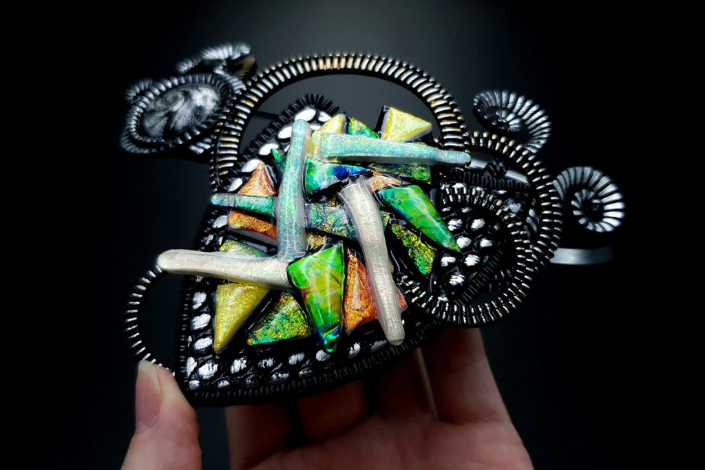 Polymer clay & UV Resin: Picasso Style Faux Fused Glass Necklace 18