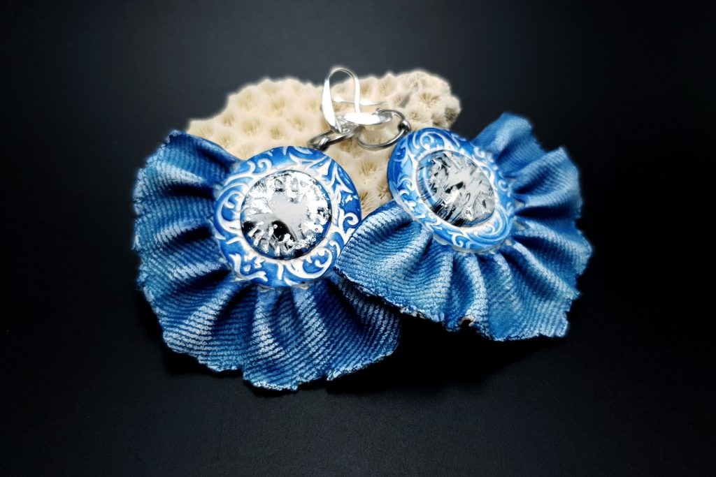 Free tutorial: Realistic Faux Jeans/Denim Earrings totally from polymer clay 2