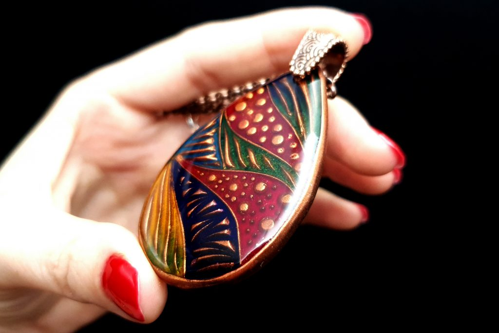Free Video Tutorial: How to make cloisonne copper jewelry set with Cold enamel. 5